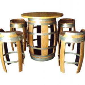 Conjunto de mesa y 4 taburetes