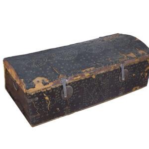 baúl de aranceles restaurado